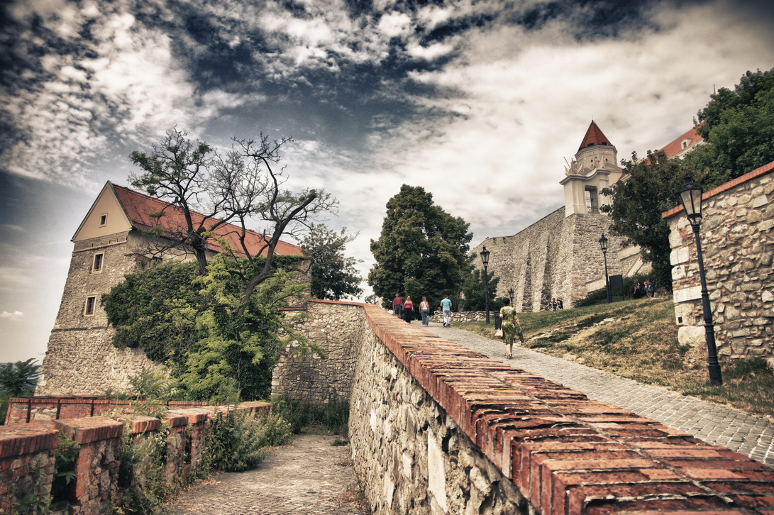 153-bratislavsky-hrad