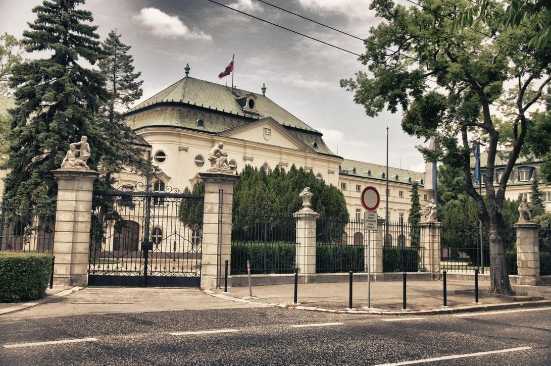 165-arcibiskupsky-palac