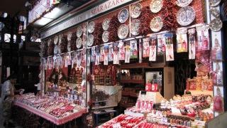 Паприка на рынке в Будапеште.