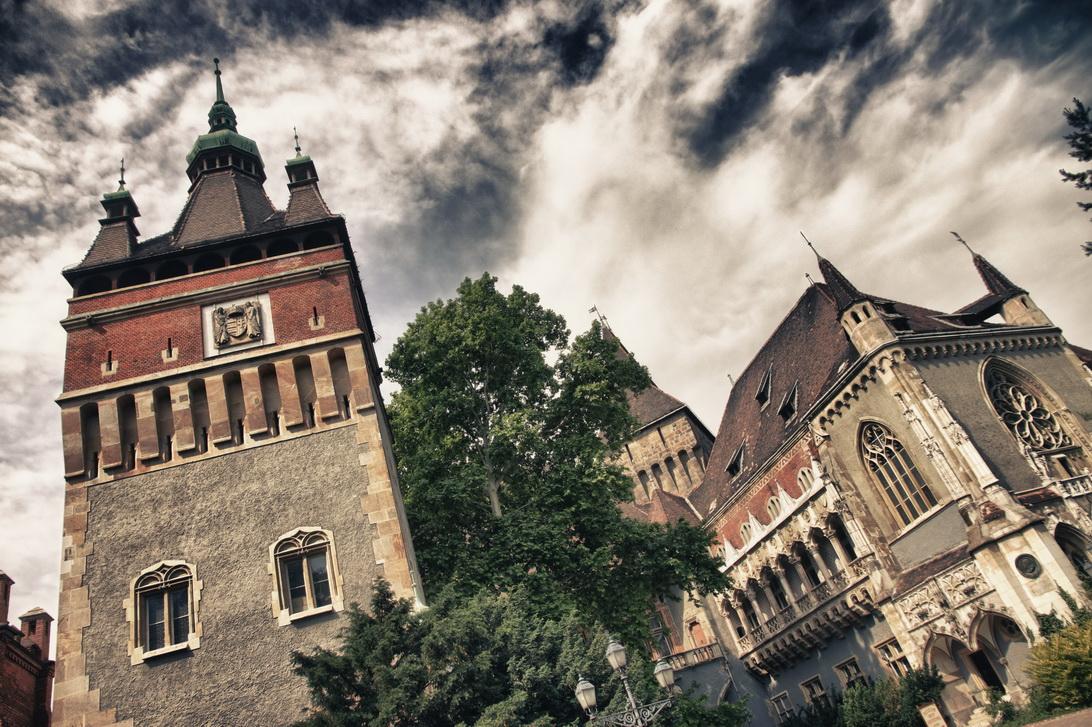 036-vajdahunyad-castle