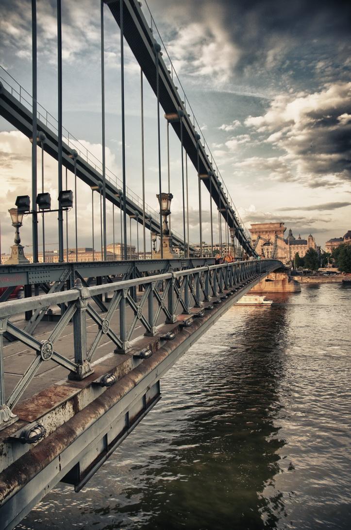 130-chain-bridge