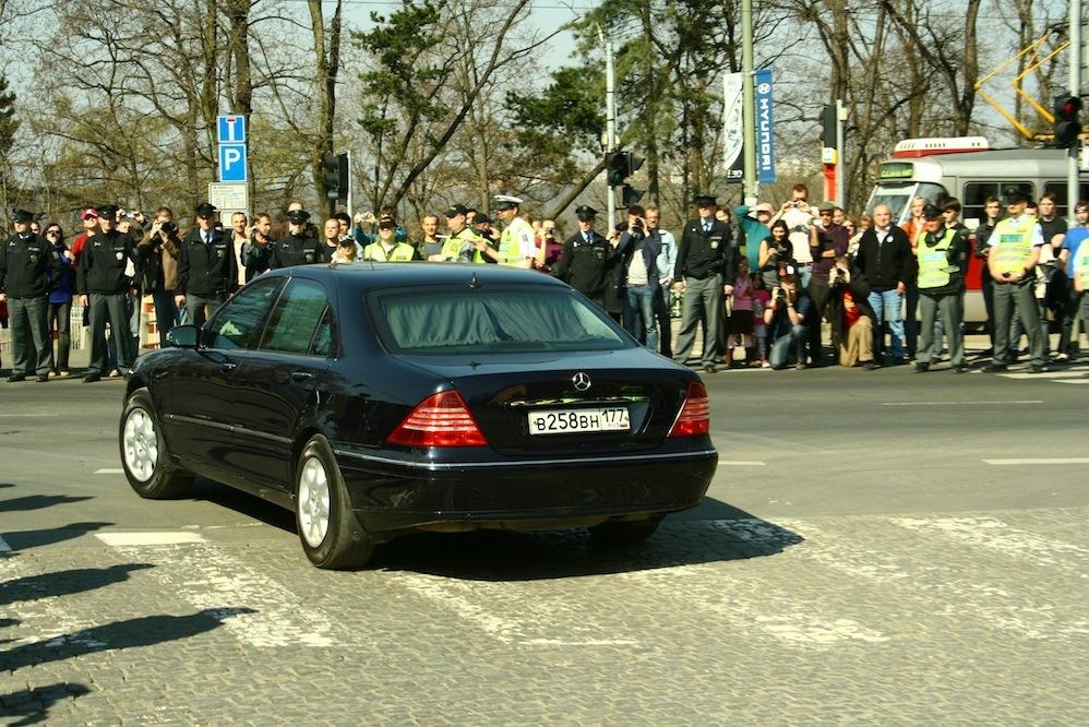 Кортеж Дмитрия Медведева в Праге 2010.