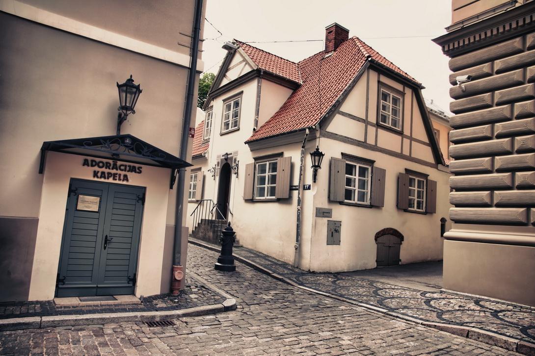 1204-riga-streets-00