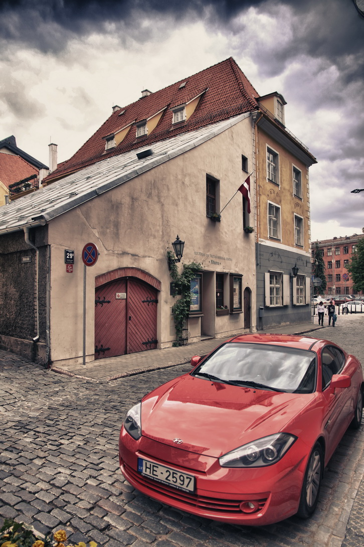 1448-riga-streets-04