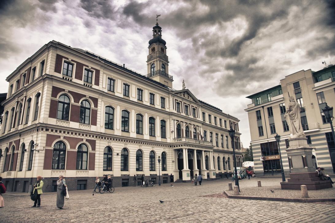 1620-town-hall