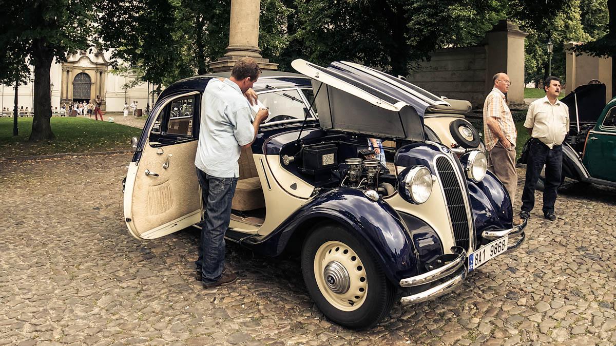 stragov_cars_15