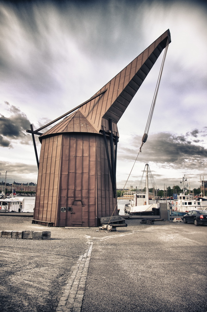 3502-wooden-crane