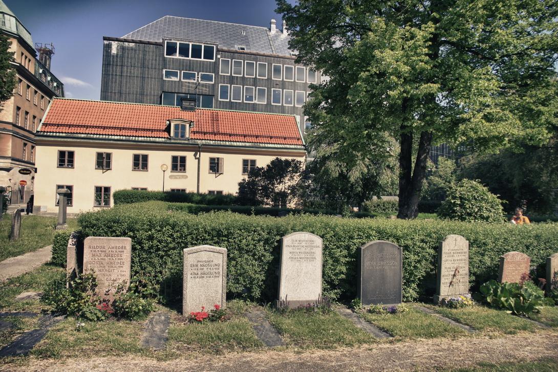 3687-adolf-fredrik-church-2