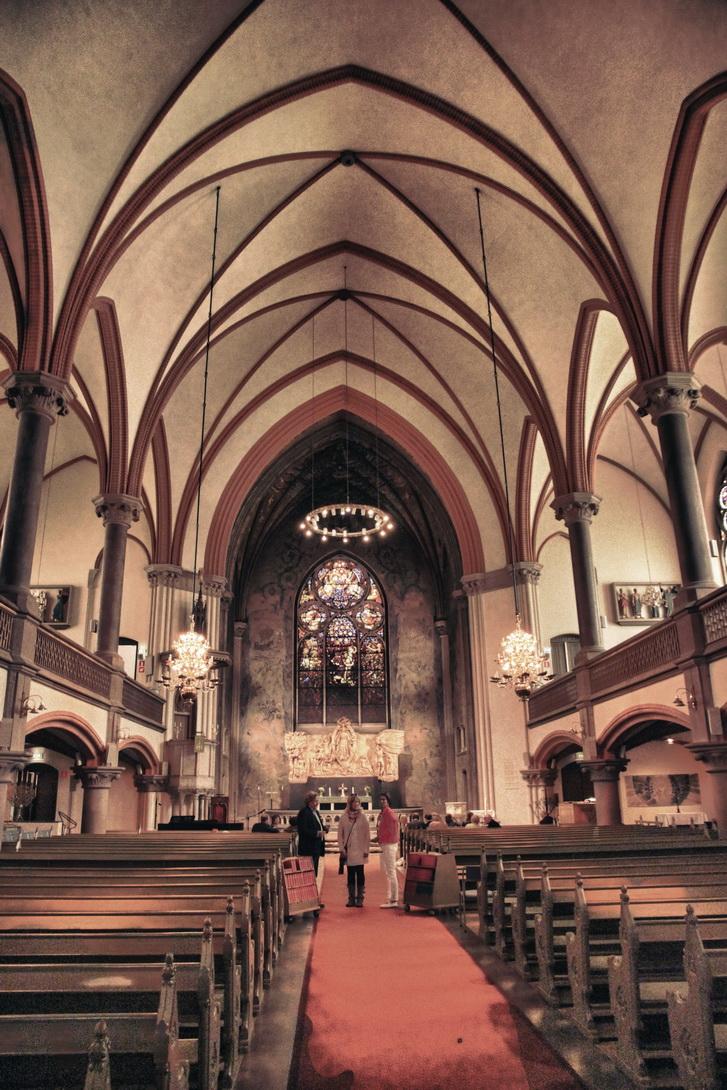 4041-oscars-church-2