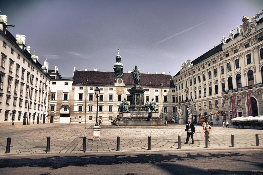 180-hofburg-2