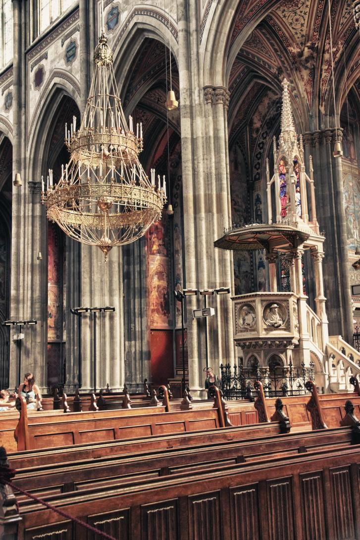 359-votivkirche