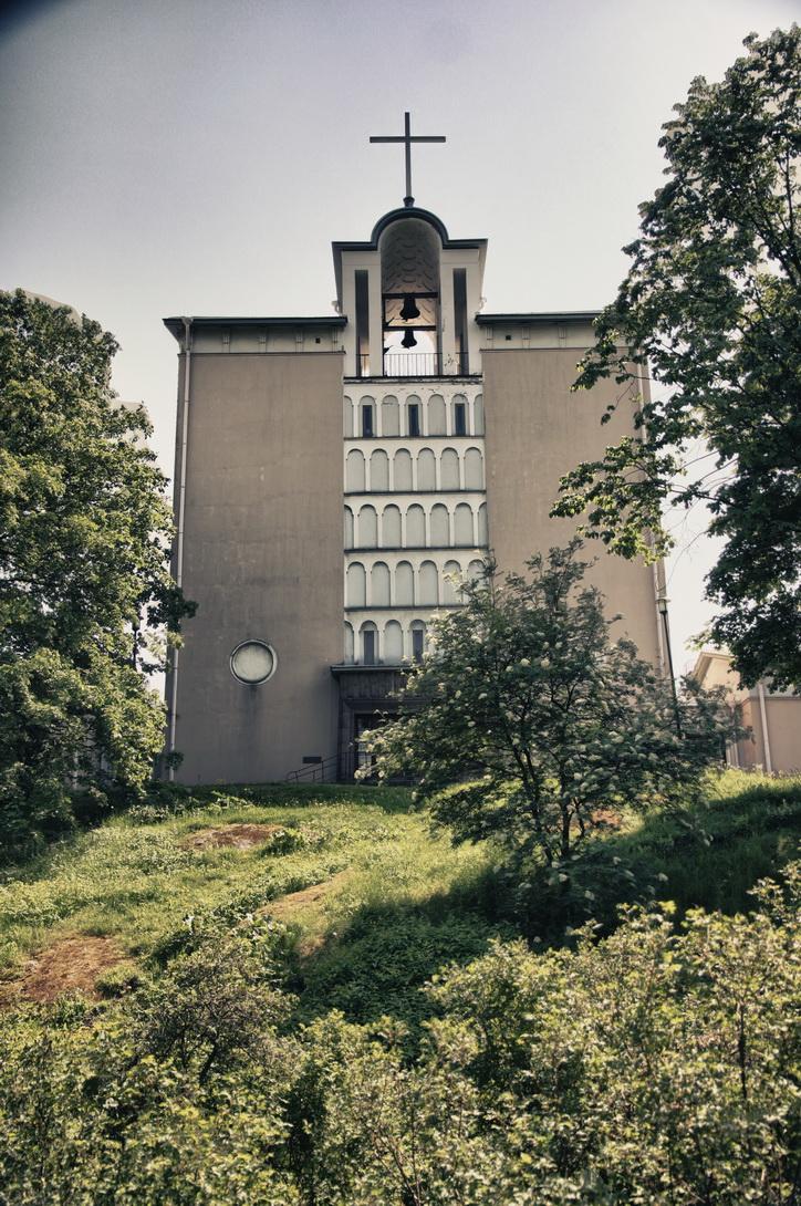 5485-toolon-church