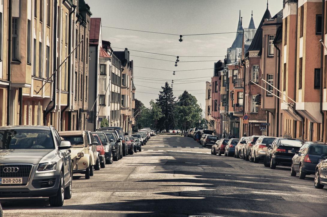 5640-huvilakatu-street