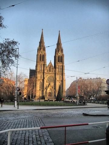Костел Святой Людмилы в Праге