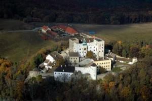 Чешский замок Бухлов