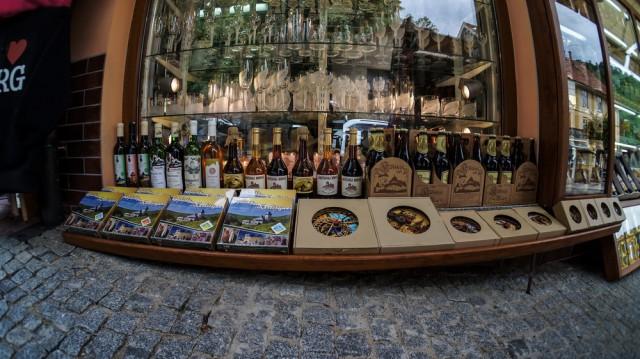 Хрусталь и вино в замке Карлштейн