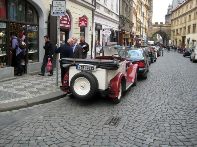 Прогулка на кабриолете Шкода по Праге