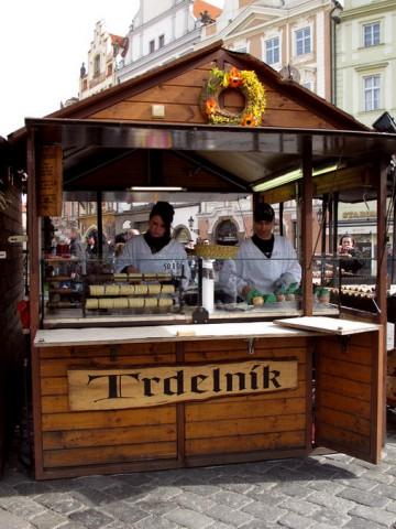 Trdelnik. Трдельник в Праге.