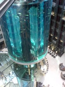 AquaDom и Sea Life в Берлине