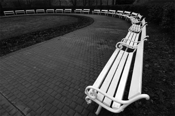 Скамейки на Петршине