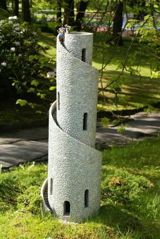 Спиральная башня недалеко от Карловых Вар