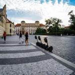Сегвеи у Пражского Града