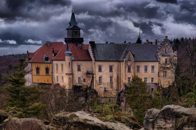 Удивительный замок-отель Груба Скала в Чехии