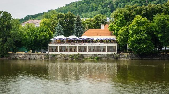 Ресторанчик на Стрелецком острове