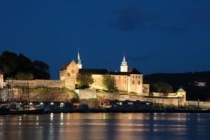 Крепость Акерсхус ночью