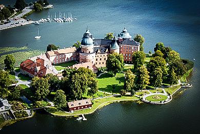 Замок Грипсхольм в Швеции
