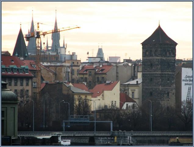 Новомлынская водонапорная башня в Праге. Вид.