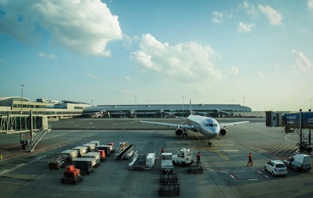 Из Омска в Прагу на самолете. Аэропорт Праги.