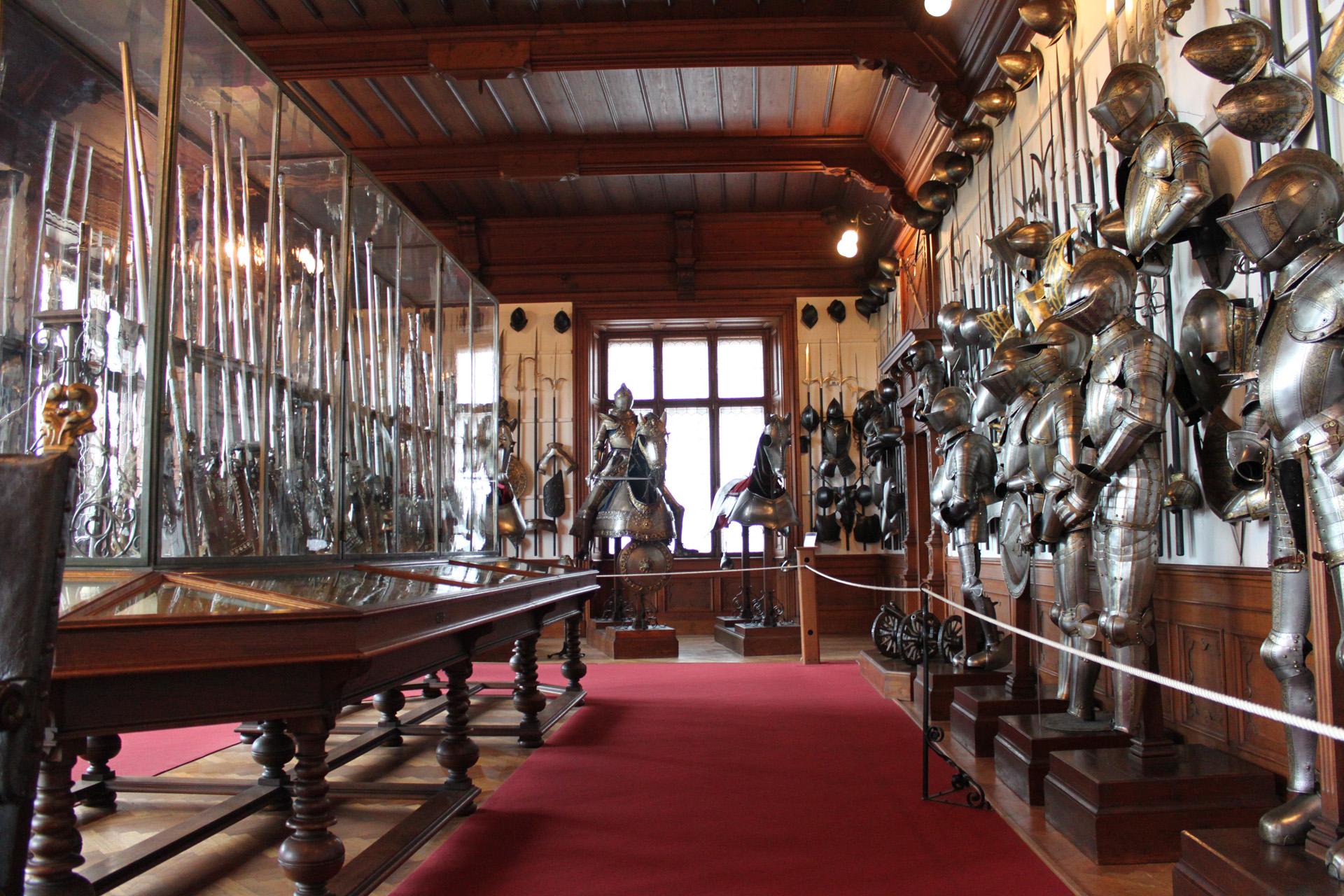 Коллекция оружия в замке Конопиште