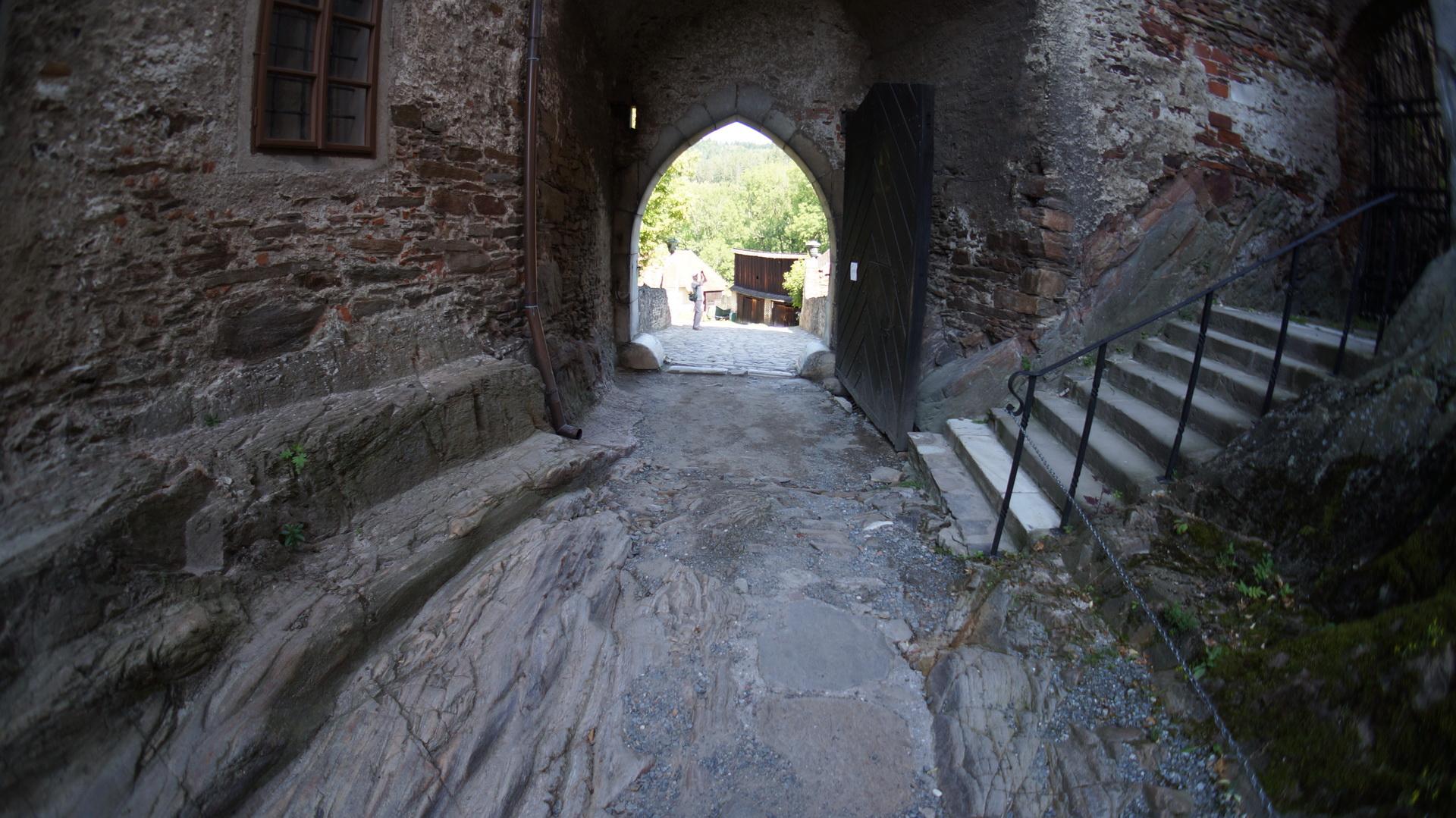 Двор замка Пернштейн