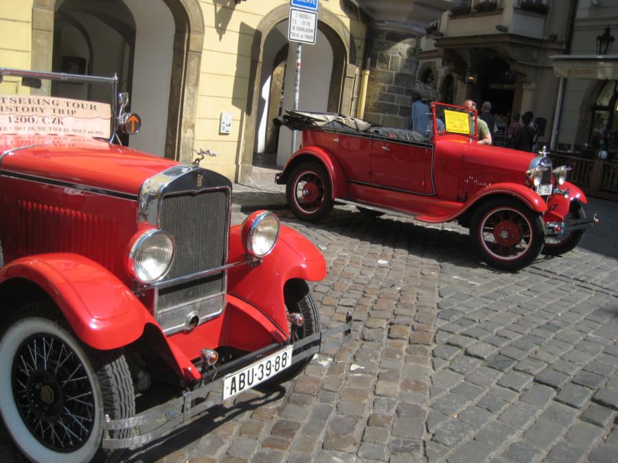 Старые Шкоды в Праге