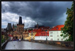 Ремонт Карлова моста в Праге